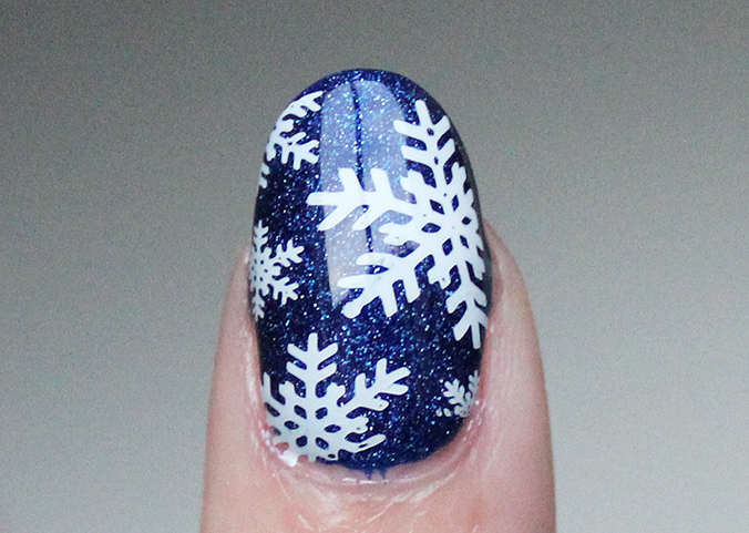 Winter Snowflake Nails Nail Art