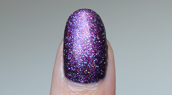 Madam Glam Holo Fever Nail Swatch