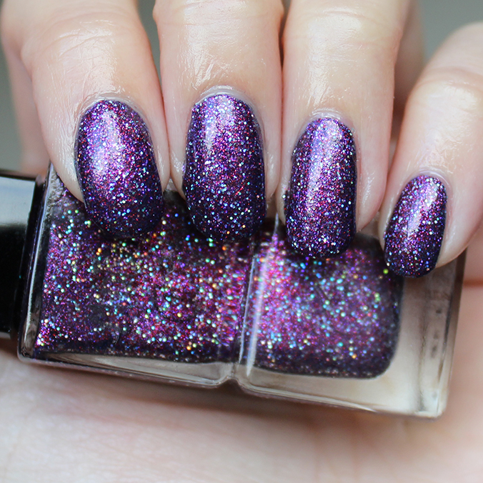 Madam Glam Holo Fever Swatch Swatches